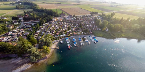 Situated on River Rhine | © Camping Wagenhausen